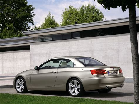 2007 BMW 3 Series Convertible   Rear And Side   1024x768   Wallpaper