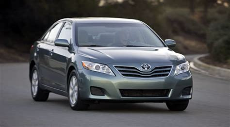 2011 toyota camry hybrid interior preview and performance