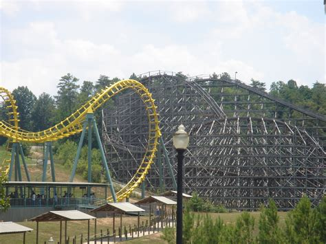 theme park uk new six flags new england theme park in united states