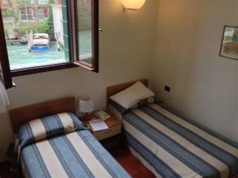 single beds for small rooms small room with 2 single beds overlooking the canal picture of casa sant andrea venice