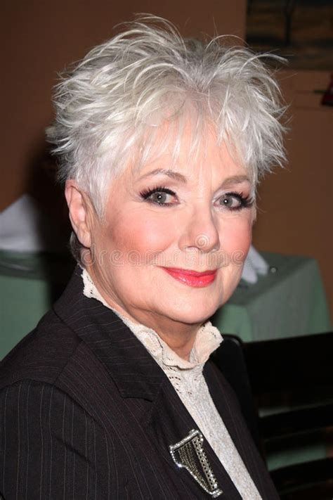 shirley jones haircuts shirley jones the frisky shirley jones haircut shirley