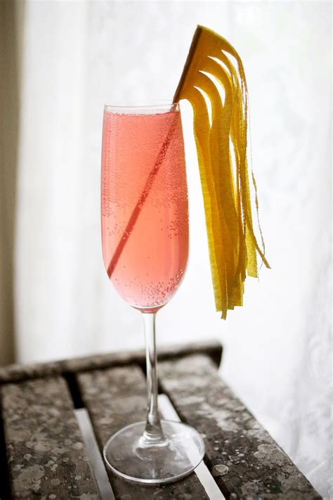 10 Ways To Make A Cocktail Stick ? A Beautiful Mess
