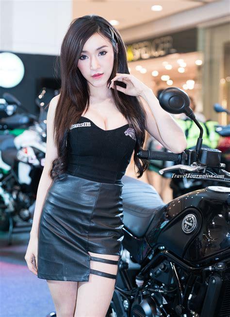pretty bikers  bangkok motorbike festival