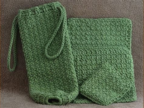 crochet pattern plastic bag holder 23 best images about crochet make it for the kitchen on