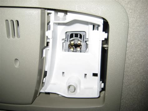 1 dundas west 25th floor suite 2500 2011 cadillac cts 4 headlight bulb replacement low beam