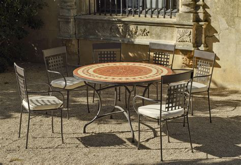 Exceptionnel Support Outils Jardin #4: Table-jardin-ronde-fauteuils-Lorny-Vigo.jpg