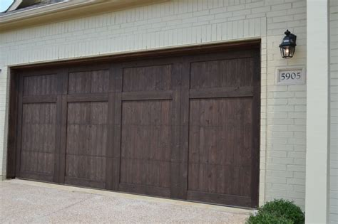 Brown Garage Door 17 Best Images About Exterior On Columns Brick Colors And Brick Design