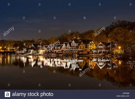 boat house row boathouse row and the schuylkill river at night