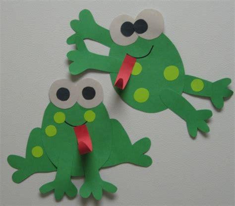 creative teaching frog glyph fun