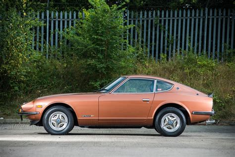 lowered nissan low mileage datsun 260z looking for a new owner