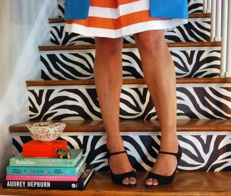 24 ways to go wild with animal print decor brit co 8 creative ways to decorate your stairs paperblog