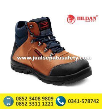 Sneakers Kickers Treking Coklat Muda Sepatu Boots Safety gudang supplier utama safety shoes cheetah 5101 cb jualsepatusafety