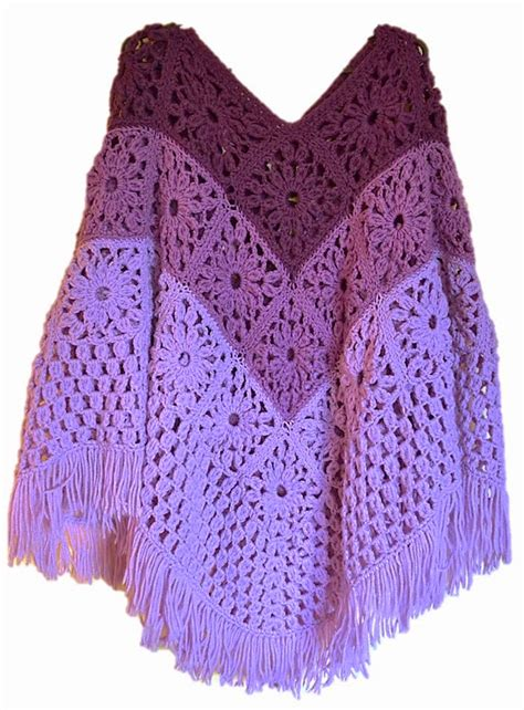Pattern Crochet Poncho | flatter your figure with these free crochet poncho