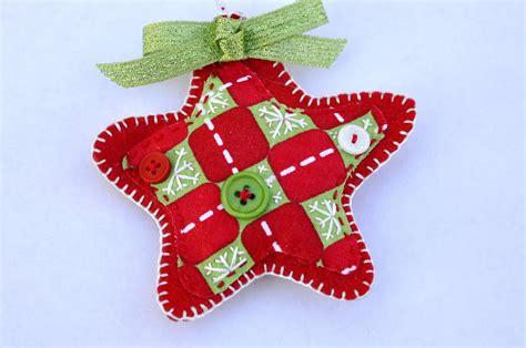 how to make felt christmas ornaments easily light