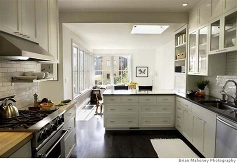 White Cabinets Black Countertop by Backsplash Ideas For Black Granite Countertops And White