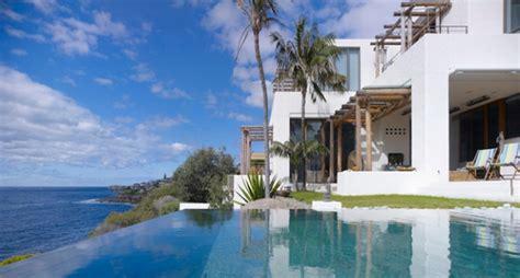 imagenes de yoga frente al mar vendo espectacular casa frente al mar 3 plantas con
