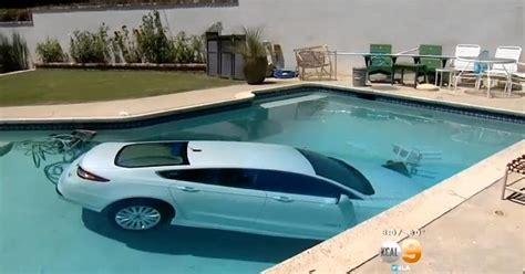 Kolam Renang Cars Pool 130cm elderly los angeles parks car in swimming pool ny