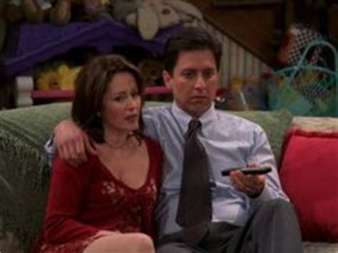 picture patricia heaton in first episode of everybody loves raymond everybody love raymond patricia heaton and first kiss on