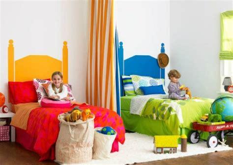 fratello e sorella a letto insieme cameretta per fratello e sorella insieme 12 idee