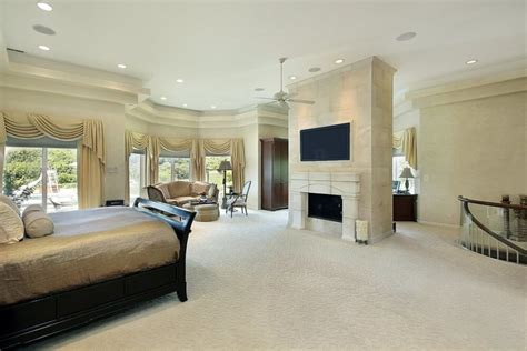Large Master Bedroom by 30 Glorious Bedrooms With A Ceiling Fan
