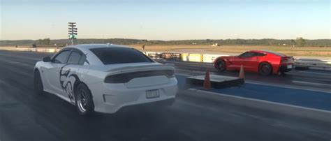 Dodge Charger 1000 Hp by 1 000 Hp Dodge Charger Hellcat Hits Drag With Child