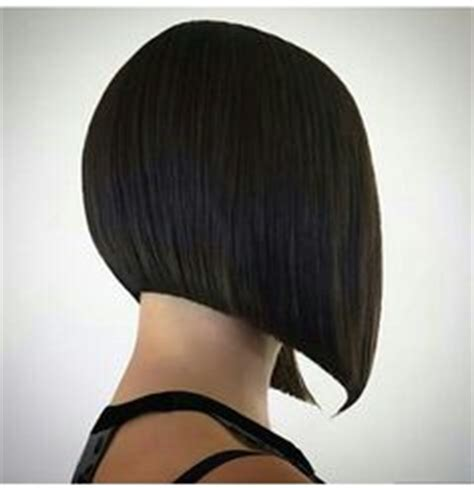 how cut one inch square bob triangular layers square one length hair cut look book pinterest hair