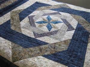 joan at leschenault labyrinth quilt fmq