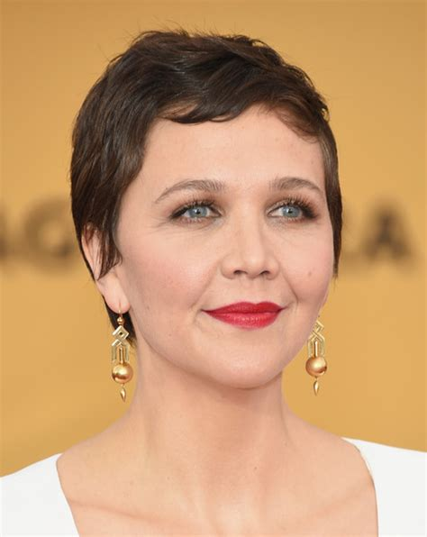 hair styles for round faces of 64 year old maggie gyllenhaal pixie maggie gyllenhaal pixies and