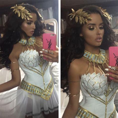 celebrity halloween costumes mummy abigail ratchford was a sexy greek goddess for halloween