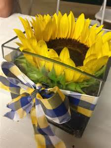 sunflower arrangements ideas sunflower centerpiece craft ideas pinterest sunflower centerpieces sunflowers and