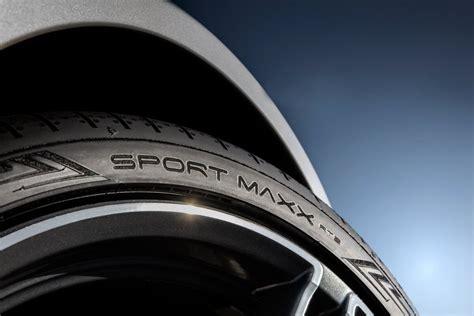 dunlop sport maxx rt test dunlop sport maxx rt 2 nouveau pneu uhp par dunlop