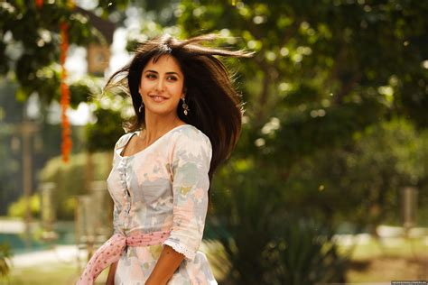 front hairstyle of katrina in mere brother ki dulhan bollywood haircuts