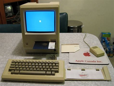 Laptop Apple Original apple macintosh 128k prototype with 5 25 inch twiggy