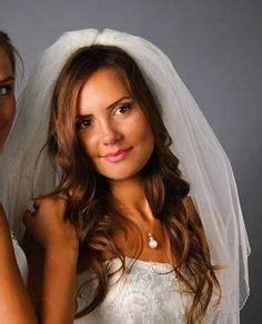 Wedding Hair And Veil Placement by Wedding Hair W Simple Veil On Veil