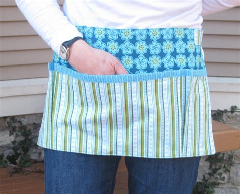 pattern for money apron you grow girl apron for garden or craft by cre8tvegrlfrend