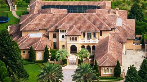 2 000 Square Feet by Ex Buc Warren Sapp S 15 000 Square Foot Mansion Up For