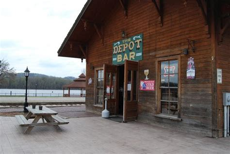 the depot bar prairie du chien restaurant reviews