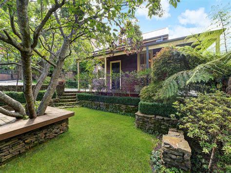 Waratah Cottage by 30 Waratah Avenue Katoomba Nsw 2780 Umi Real Estate