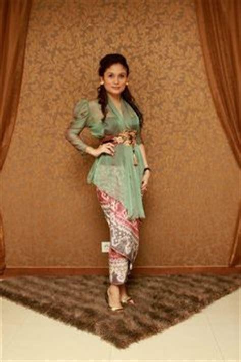 Dress Baju Tenun Blanket Elegan Wanita Pesona kebaya modern batik 176 on kebaya kebaya bali and kebaya lace