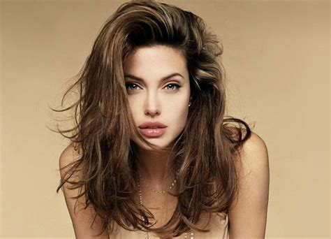 Angelina Jolie announced that she will have double mastectomy / Hollywood News   NationalTurk