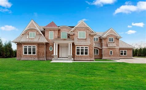 10000 sq ft house 10 000 square foot newly built shingle mansion in water