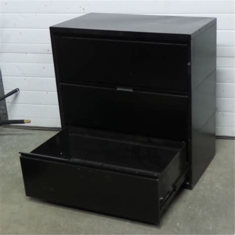 3 Drawer Lateral File Cabinet Black Meridian Black 3 Drawer Lateral Filing Cabinet Locking Allsold Ca Buy Sell Used Office