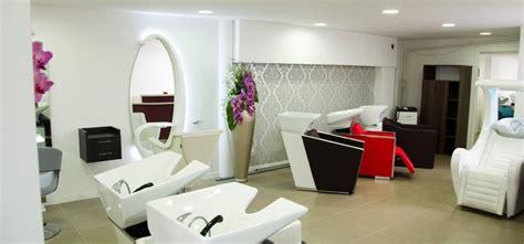 notre showroom de mobilier de coiffure en exposition 224 lyon