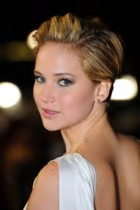 hunger new haircut jennifer lawrence s short hair on catching fire red carpet