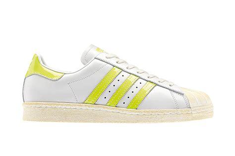 Bantal Hypebeast Offwhite Yellow Line adidas originals 2014 superstar 80s fooyoh entertainment