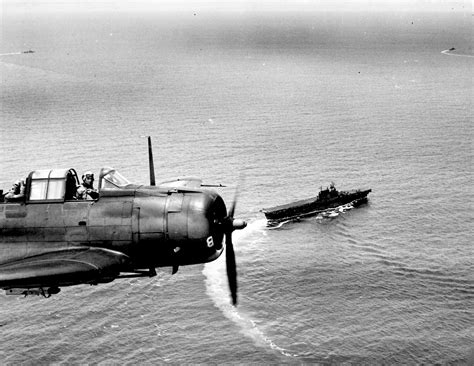 dive bomber douglas dauntless but deadly dive bomber from the