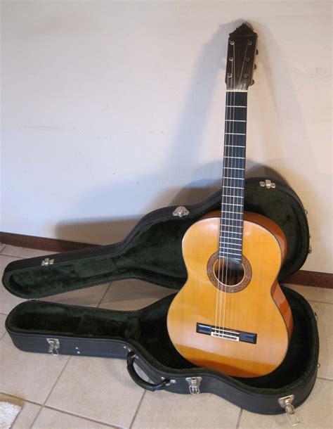 Handmade Flamenco Guitars - 1980 gerundino flamenco guitar blanca