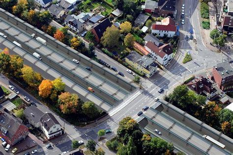 imagenes autopistas urbanas hamburgo planeja construir um parque sobre uma de suas