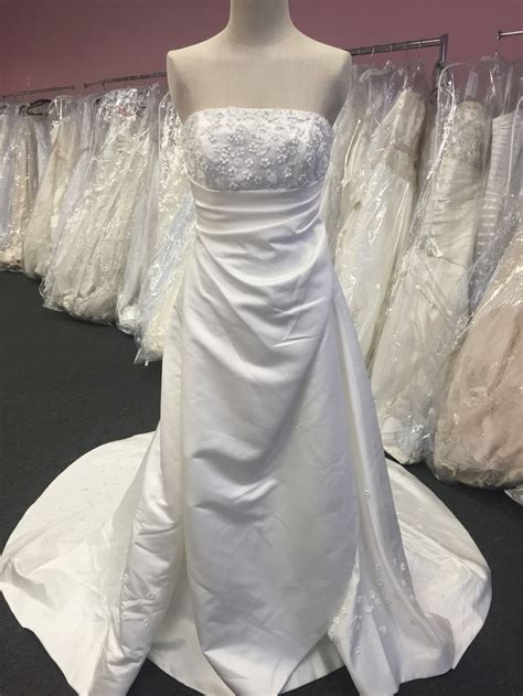 Wedding Dresses Pittsburgh by Pittsburgh Bridal Shops Wedding Gowns Bridesmaids Flower