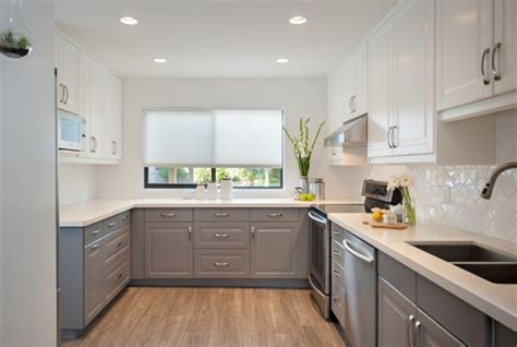 2 Tone Kitchen Cabinets by